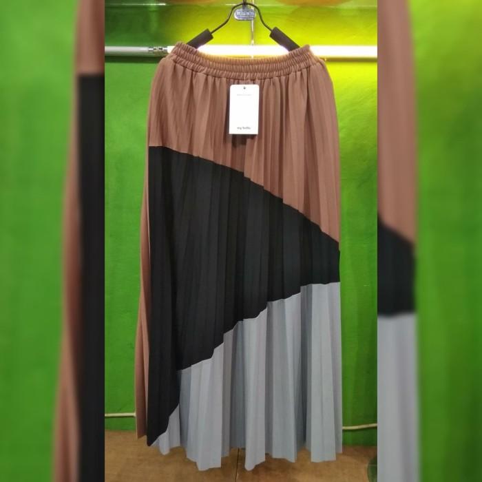 f7a3bc86788cdf Dijual Longskirt Rok Panjang Maxi Plisket Import Velvet Premium Real ...