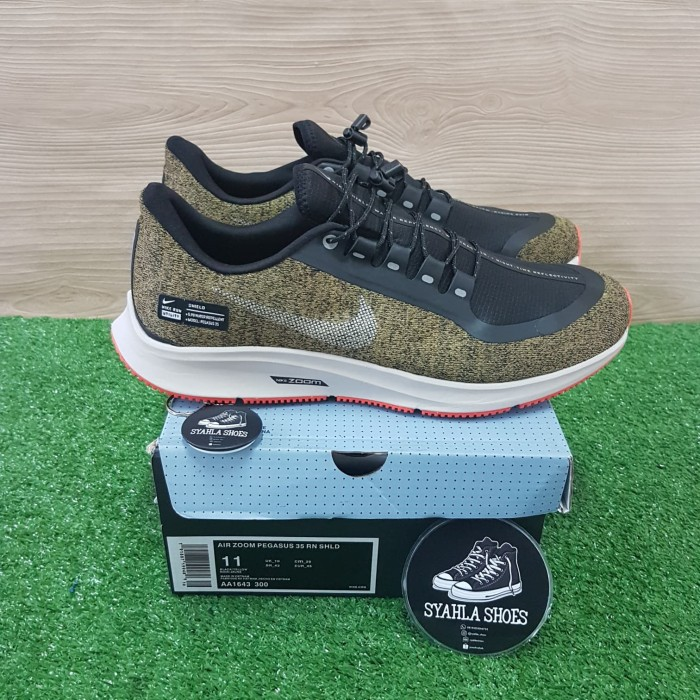 Jual SEPATU NIKE AIR ZOOM PEGASUS 35 SHIELD OLIVE GREEN 100% BNIB+KAOS KAKI Jakarta Selatan Syahla Shoes | Tokopedia