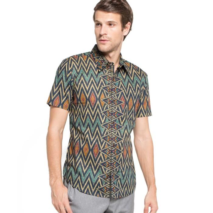 harga Rianty batik hem kemeja slimfit tenun ac batik pria lengan pendek Tokopedia.com