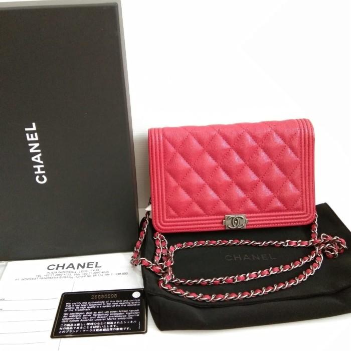 435936cb30f9 Jual GOOD DEAL! BNIB Chanel Boy Woc Red Cav RHW #26 - Mode Olshop ...