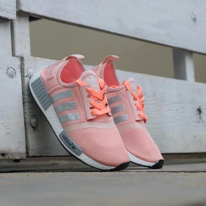 570cb755717c TERBATAS Sepatu Adidas NMD R1 Glitter Women Grade Original Running Gy