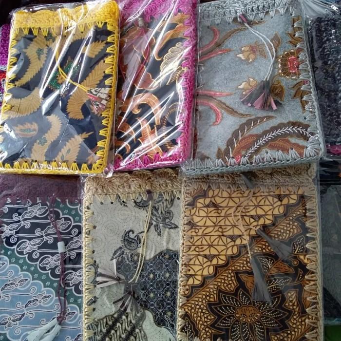 Foto Produk Tas Paspor Batik Rajut 14 x 24 dari RAFANIA SOUVENIR JOGJA