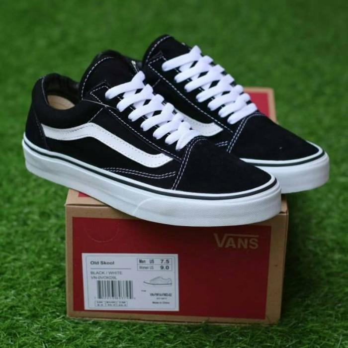 Jual Vans Oldskool Black White Vans Authentic Sol Gum Sepatu