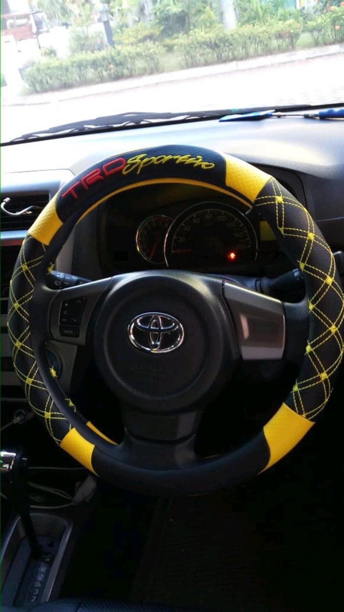 Jual Terbaru Cover Setir Sarung Stir Mobil Toyota Yaris Trd Sportivo Jakarta Pusat Tarradea Shop