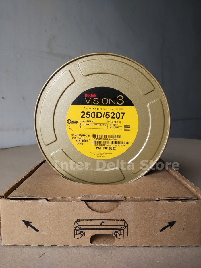 Foto Produk KODAK VISION3/FILM 250D/5207COLOR NEGATIVE FILM/ ROLL FILM CAT 8986903 dari InterDelta Store