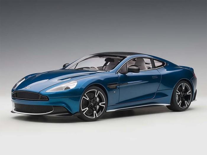 Jual 1 18 Autoart Aston Martin Vanquish S Biru Hitam Miniatur Diecast Jakarta Pusat Toko Best Price Tokopedia