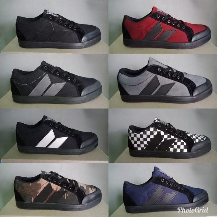 harga Macbeth sepatu sneaker casual pria Tokopedia.com