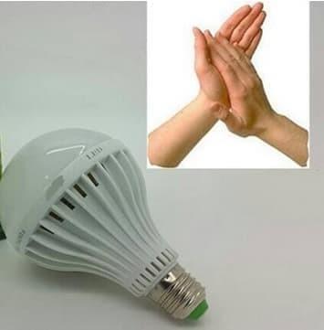 Foto Produk Lampu Bohlam LED Tepuk / Sensor Suara 15 Watt / 15W Putih dari GRAHA ELECTRIC SHOP