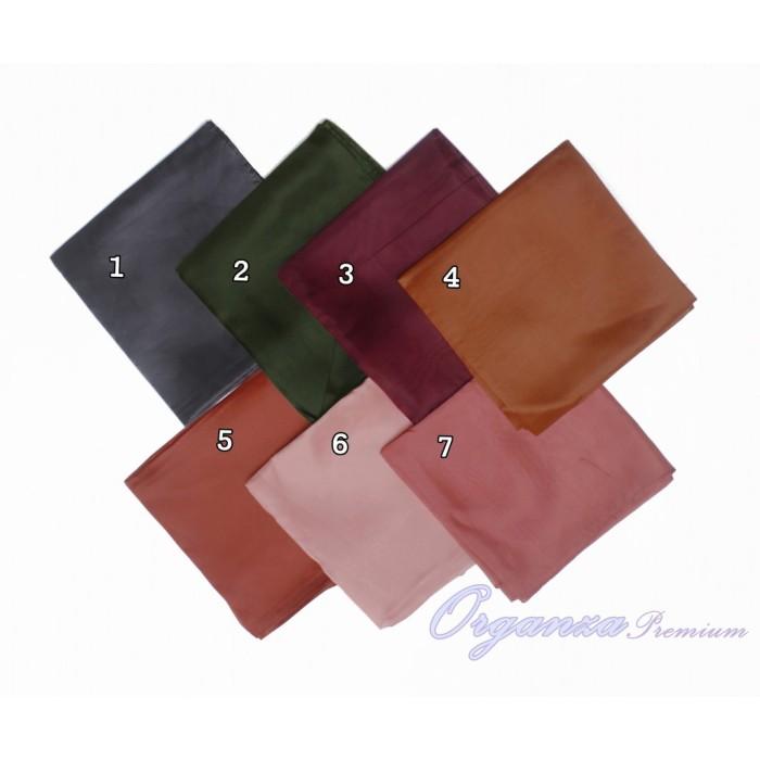 Foto Produk Promo Jilbab Organza Silk Segiempat Grosir - Murah (1 Kg Muat 10 dari Eli Official Store