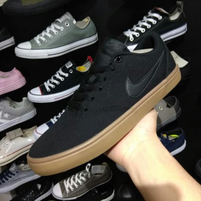 canal al exilio Judías verdes  Jual NIKE SB PORTMORE BLACK GUM (ORIGINAL BNIB) M601 - Kota Ambon -  SneakersRRR | Tokopedia