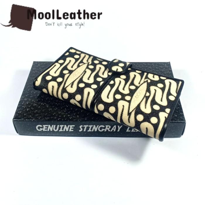 harga Dompet wanita asli kulit ikan pari motif batik parang Tokopedia.com