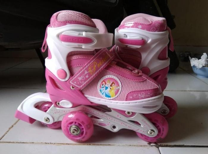 Jual Sepatu Roda Disney Anak Roda Bajaj Lampu Jakarta Pusat