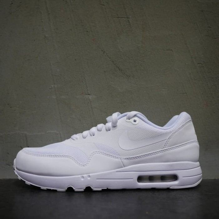 Jual 875679 100 Nike Air Max 1 Ultra 2.0 Essential All White Sepatu Putih DKI Jakarta Nike Ating | Tokopedia