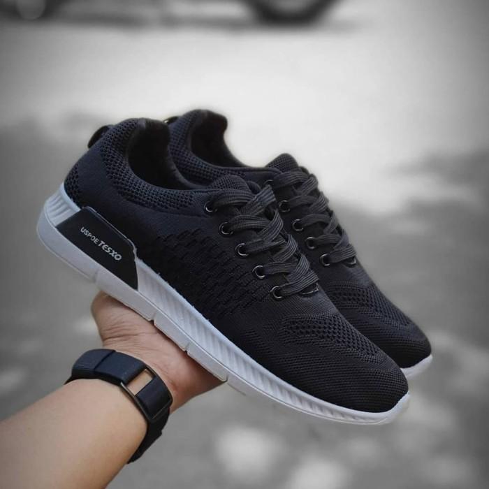 Jual Sepatu Sneakers Adidas Fashion Warna Hitam Grade Original