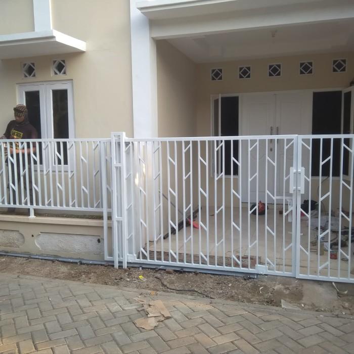 Jual Pagar Rumah Minimalis Murah Harga Per Meter Khusus Jabodetabek Kota Tangerang Selatan Love Decoration Tokopedia