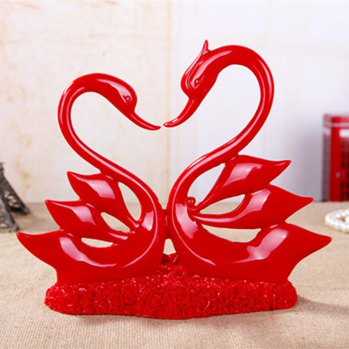 Foto Produk New Style Wedding Products Resin Crafts Lovers Red Scarlet House dari W brands Store