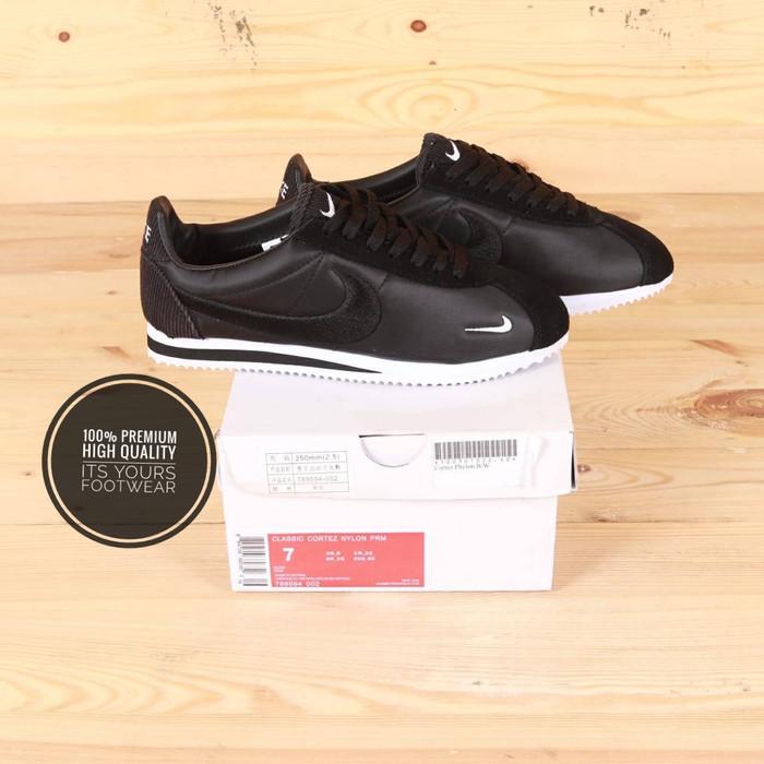 free shipping 97140 49ed7 Sepatu Nike Cortez Phylon Black White