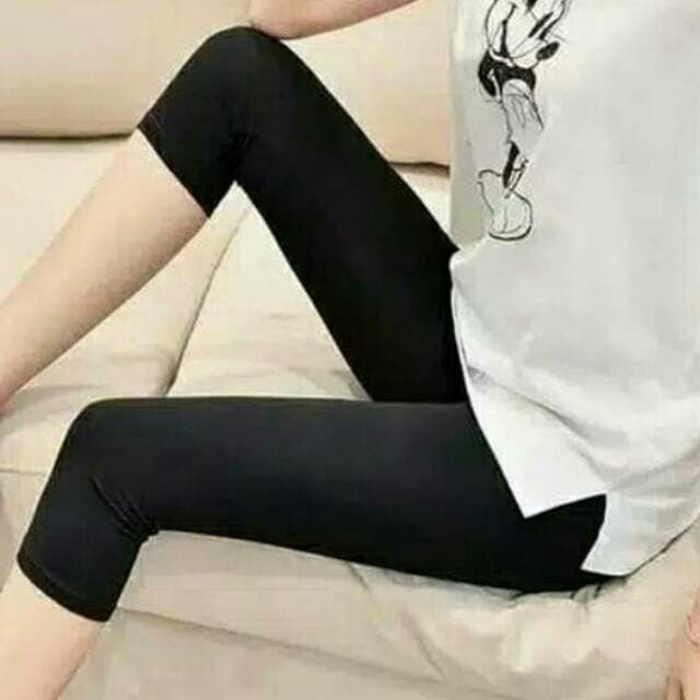 Jual Celana Legging 3 4 Bahan Spandex Licin Kota Depok Raffashop03 Tokopedia