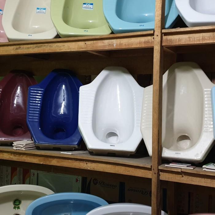 Jual Closet Kloset Jongkok Merk Toho Closet Keramik Warna Warni