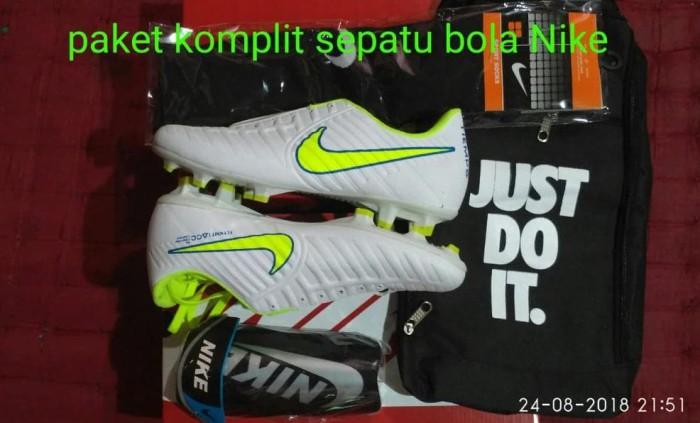 Model Gorden Terbaru 2018 Dan Harganya  jual harga paket komplit sepatu bola nike terbaru jakarta selatan gotranas sports tokopedia