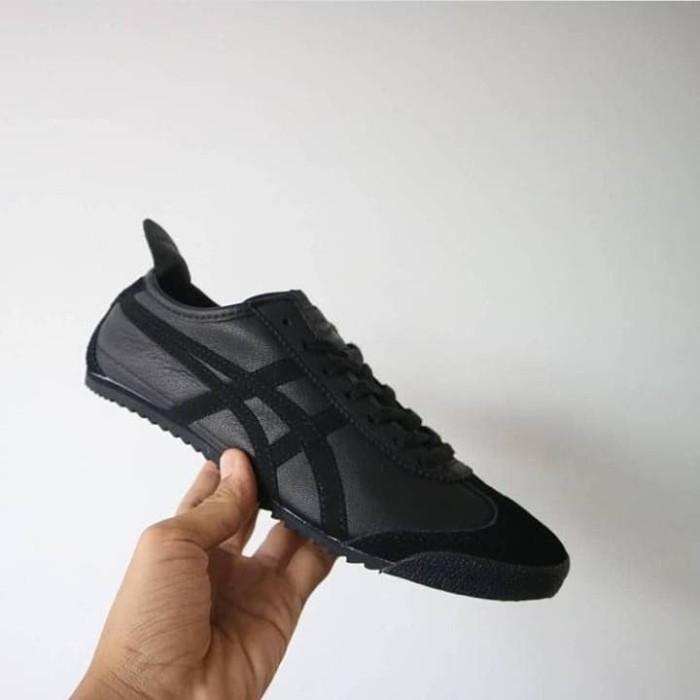 the best attitude 8f801 48471 Jual onitsuka tiger deluxe triple black - , - Kota Tangerang -  raja_sneakersstore | Tokopedia