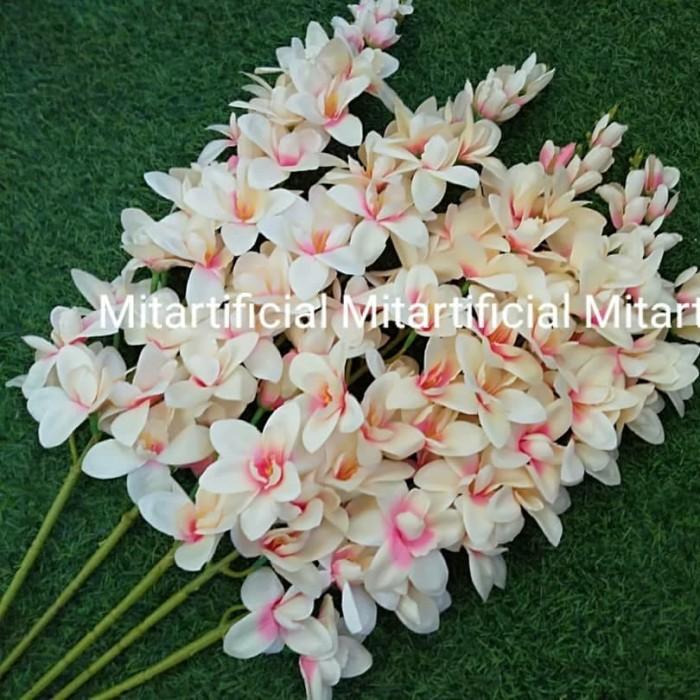 Jual Bunga Anggrek Cattleya Clasic Artificial Kain Bagus Murah Jakarta Timur Mitartificial Tokopedia