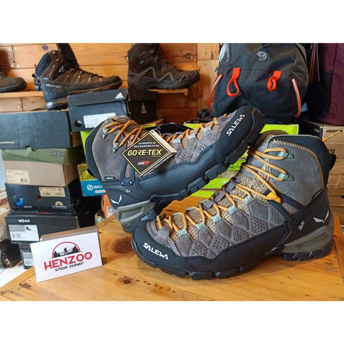 harga Salewa alp trainer mid gtx goretex sepatu gunung original Tokopedia.com
