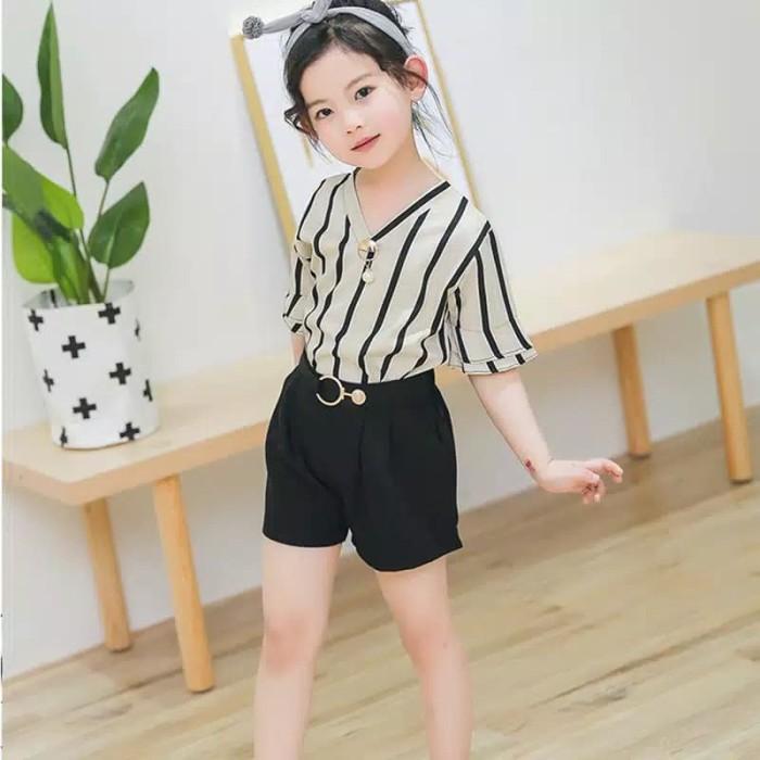 Foto Produk setelan anak perempuan 2-7thn / setelan motif garis dan celana pendek - 100, Hitam dari Mr.Gabor