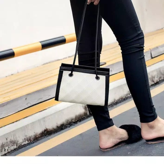 Foto Produk clutch bag fashion bianka tas wanita import Korea dari Naufal Galery