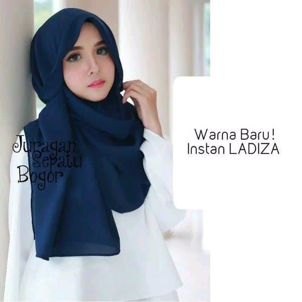 Jual PROMO Jilbab Instan Amira Instan Ladiza Hijab Instan Amira Biru Kab. Bogor Top Fashion Collection 2 | Tokopedia