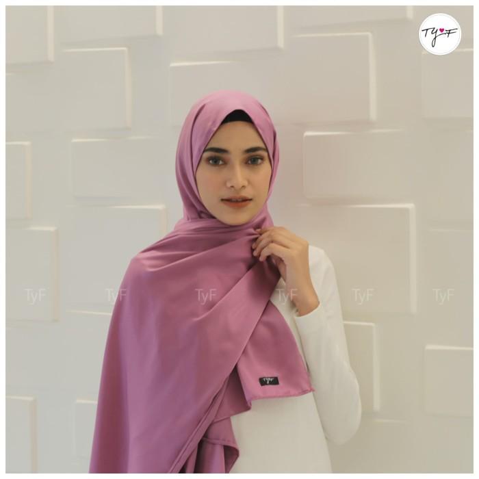 Jual Hijab Jilbab Pasmina Pashmina Maxmara Royal Satin Wisuda Kondangan Kab Semarang Tyf Tokopedia