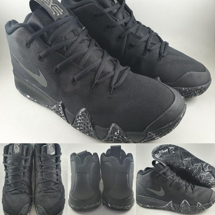 finest selection e9d96 86929 Jual Sepatu Basket Nike Kyrie Irving 4 Marble Triple Black Hitam - Kota  Bandung - BladeMazter Corp.   Tokopedia