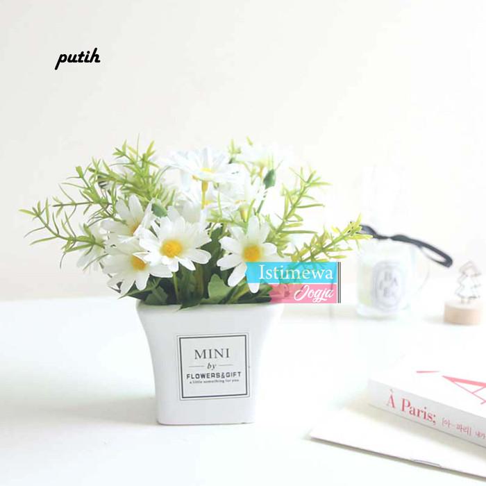 Jual Vas Keramik Mini Bunga Aster Hias Murah Hiasan Sudut Kamar Vbk09 Putih Kota Yogyakarta Istimewajogja Tokopedia