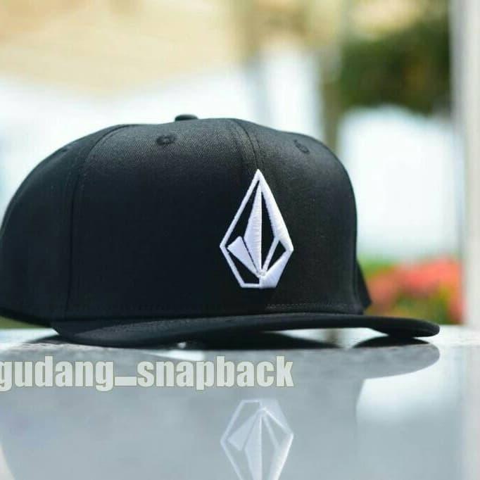 a875e3a9877ab2 Jual topi original import / volcom snapback / hat - Kab. Bantul ...