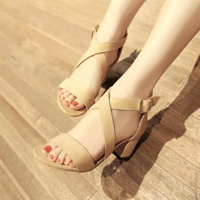 Foto Produk heels tali silang polos - Mocca, 36 dari efraim shoes