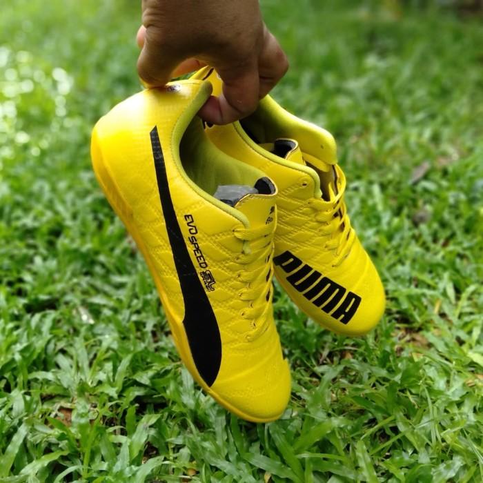 Foto Produk sepatu puma futsal kuning kuning 38-44 dari Rifa_olshop