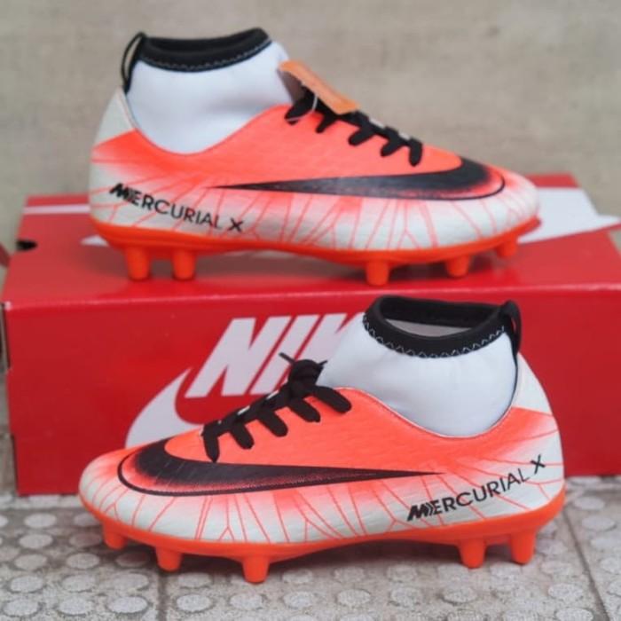 harga Sepatu bola anak adidas boots size 33-37 import Tokopedia.com