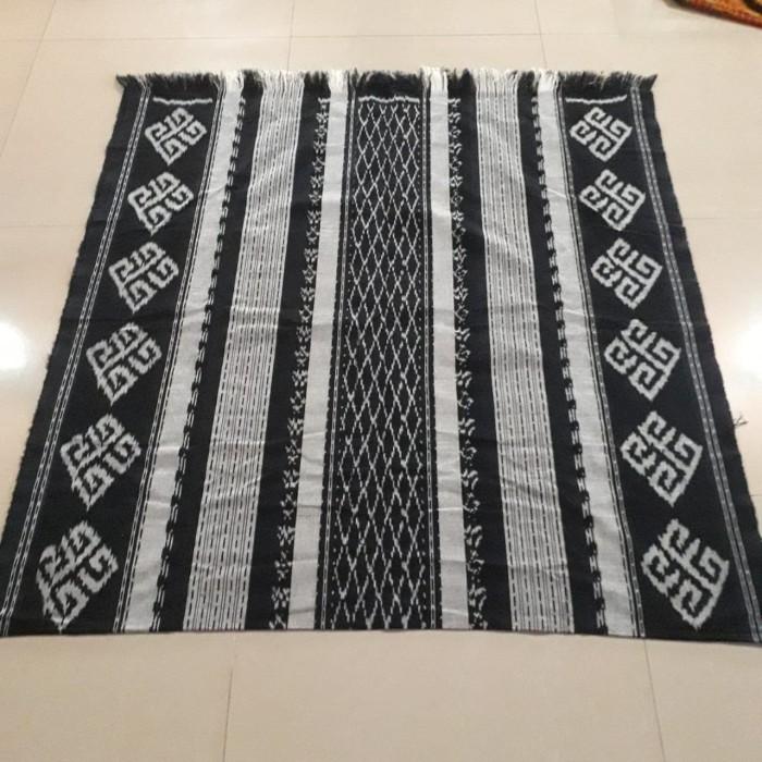 Jual Kain Tenun Blanket Jepara Hitam Putih Original Handmade ...