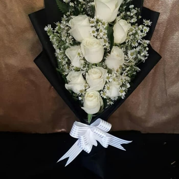Jual Bucket Bunga Mawar Putih Asli Wisuda Hand Bouquet Buket