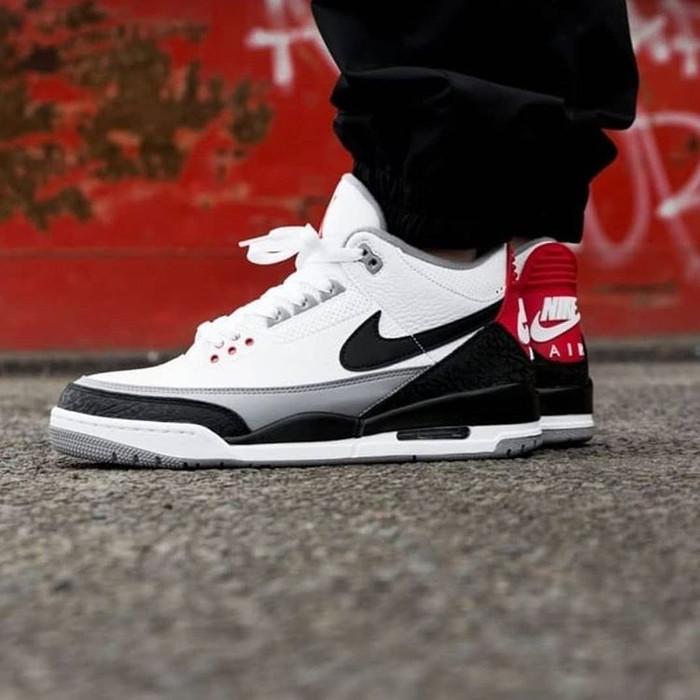 finest selection 0a4d1 fb5d0 Jual Sepatu Nike Air Jordan 3