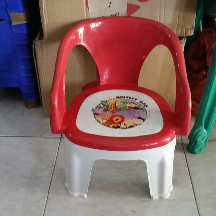 93 Gambar Kursi Plastik Anak Gratis