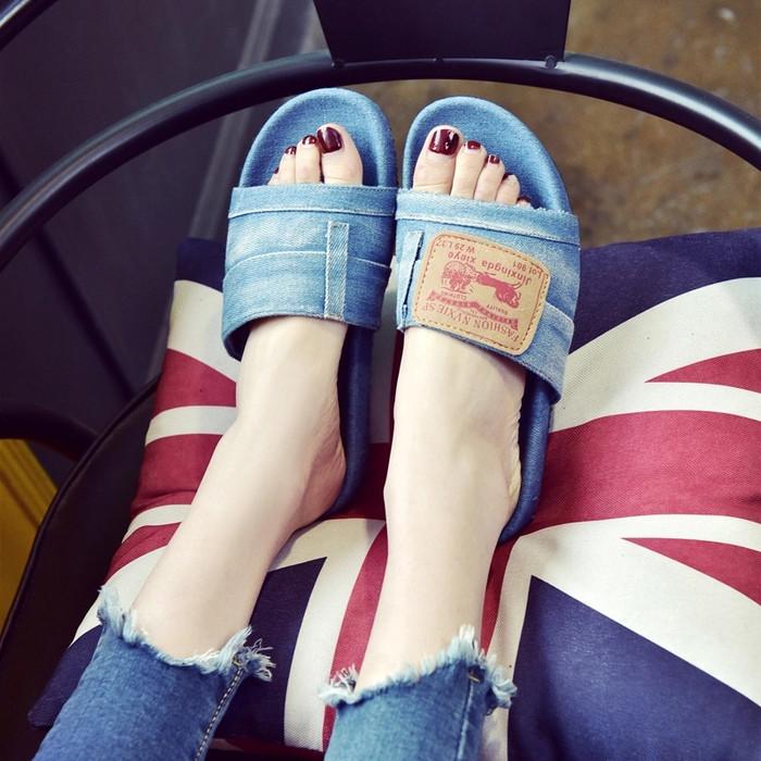 Foto Produk sandal teplek jeans - 36 dari efraim shoes