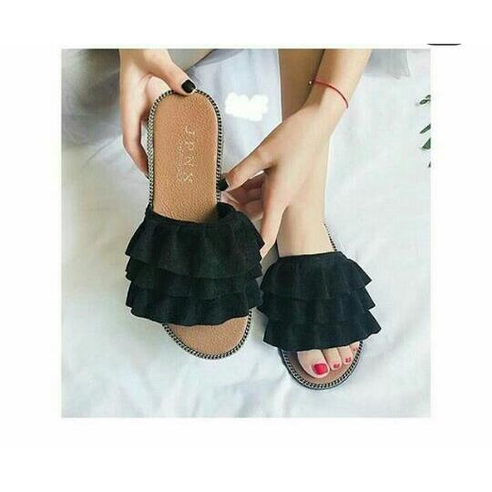 Foto Produk sandal teplek triple kerut - 36 dari efraim shoes