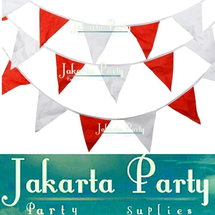 Foto Produk Bendera Segitiga Kain Merah Putih / Bendera Kain Merah Putih / Bendera dari Jakarta Party