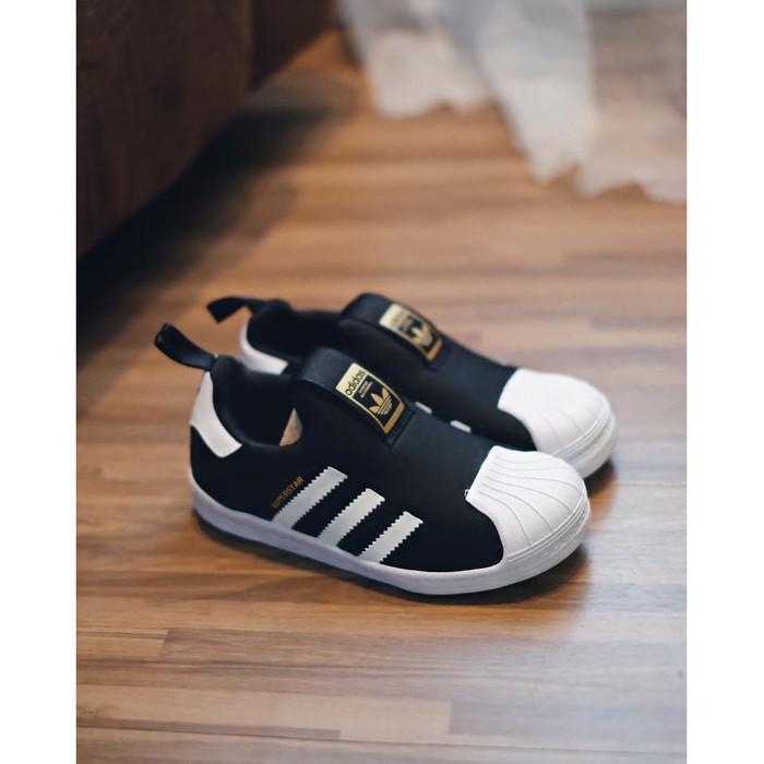 best cheap 4525d c61a9 Jual Sepatu Sneakers KIDS Adidas Superstar Slip on Black White - Kab.  Tangerang - Pricull sneakers store | Tokopedia