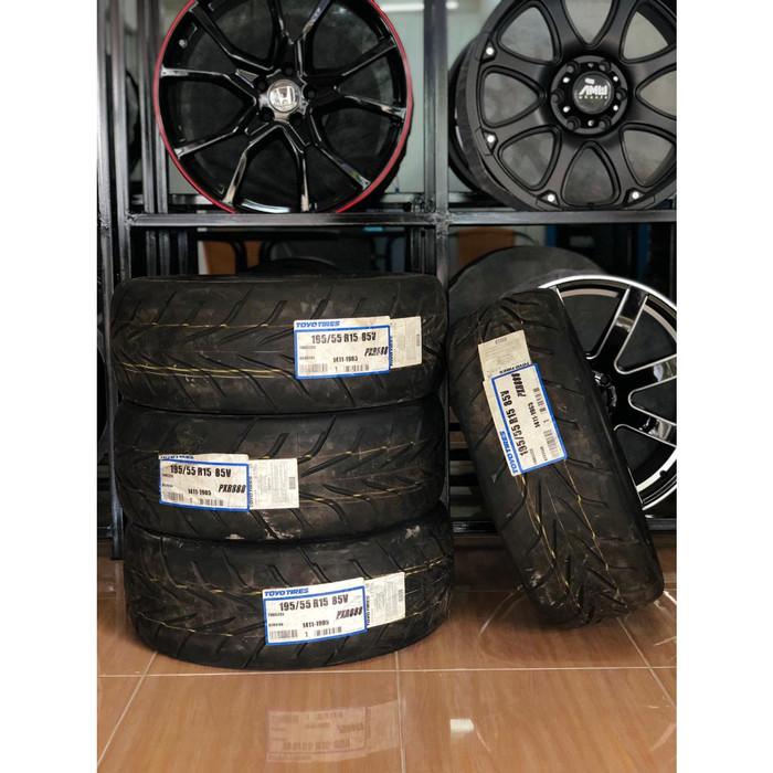 Toyo Proxes R888 >> Jual Ban Mobil Sport Toyo Proxes R888 195 55 R 15 Kota Palembang Toko Velg Veteran Tokopedia