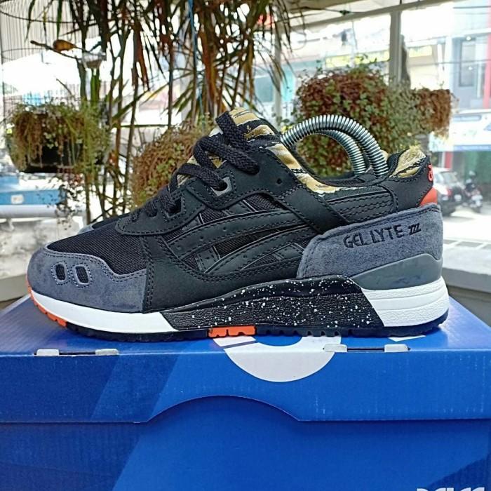 pretty nice d2b5f 0e3a2 Jual Asics Gel Lyte III Black Camo - Kota Bandung - sneakerbiscuit |  Tokopedia