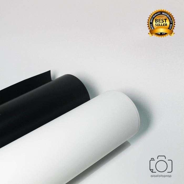 Foto Produk Background Foto Polos 60x100cm / Alas Foto PVC Waterproof Decosheet - Putih dari alasfotoprops