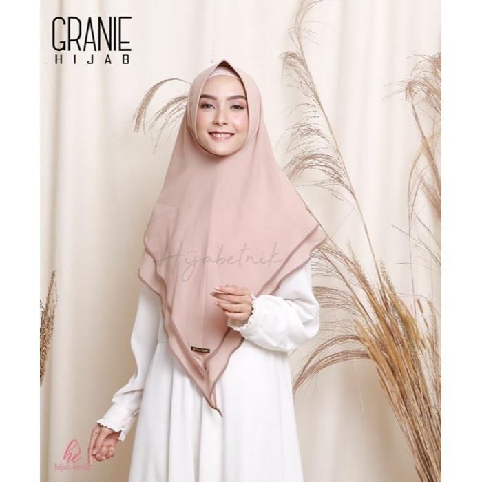 Foto Produk Hijab Etnik Khimar Granie - Cream dari Aini's Fashion