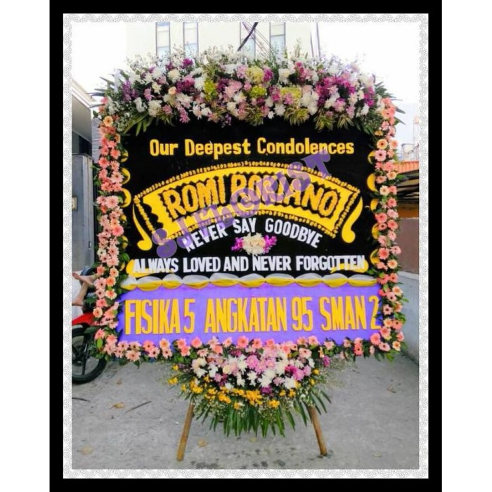 Jual Bunga Papan Ucapan Our Deepest Condolences Turut Berduka Cita Komplit Kota Medan Kite Souvenir Tokopedia